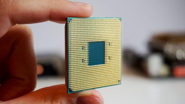 AMD Ryzen 3 2200G size