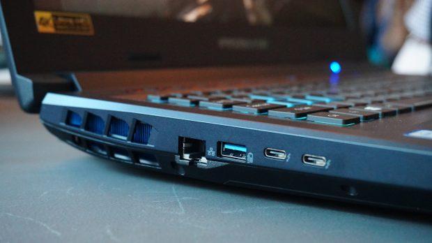 Acer Helios 500 ports