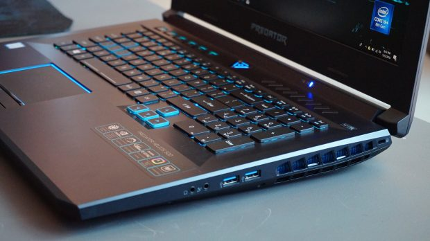 Acer Helios 500 right ports