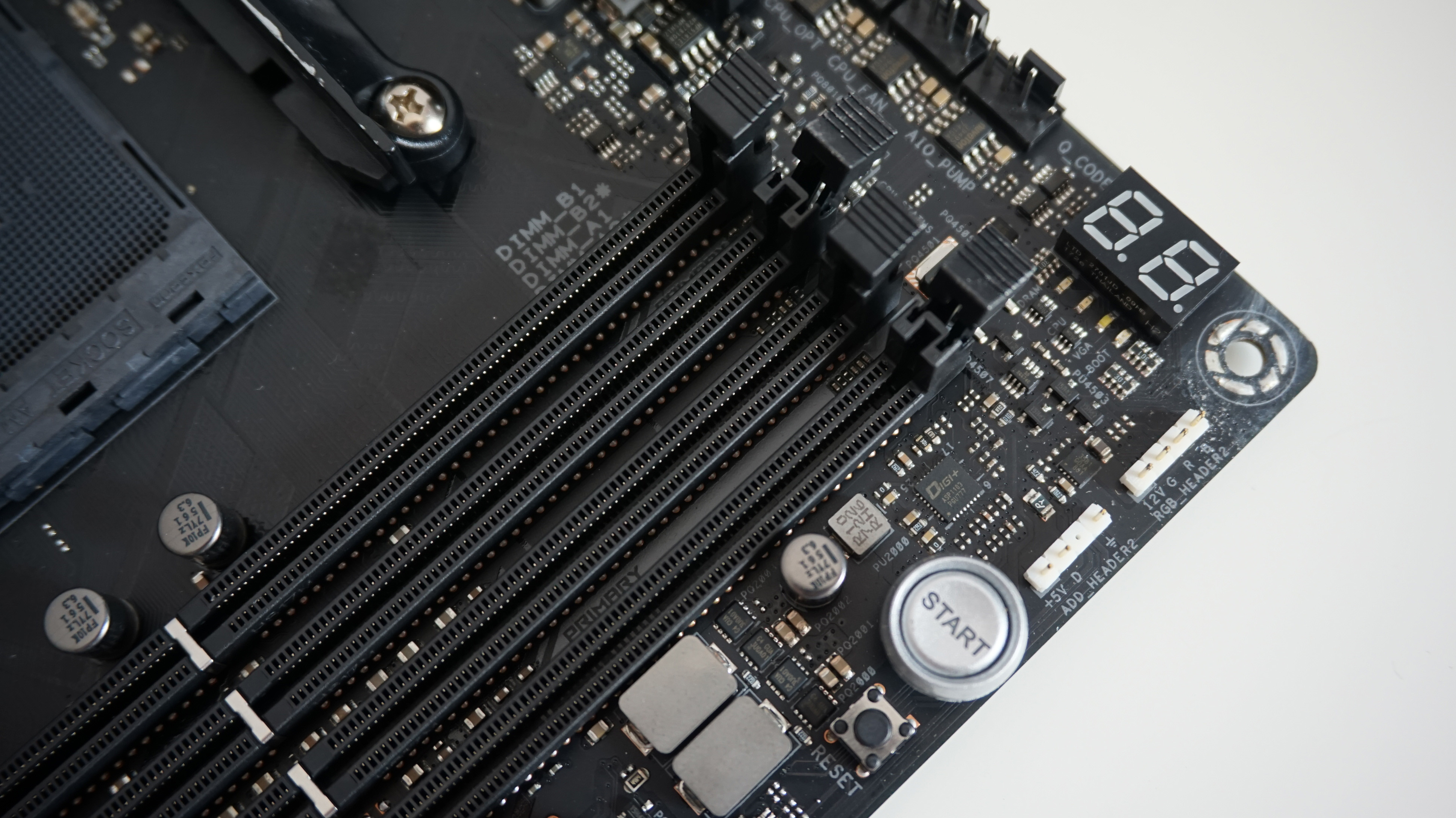 Asus ROG Crosshair VII Hero (Wi-Fi) review: The coolest motherboard