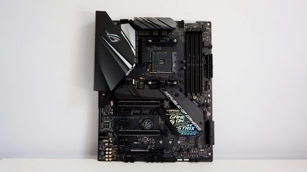 Asus ROG Strix X470F-Gaming face on