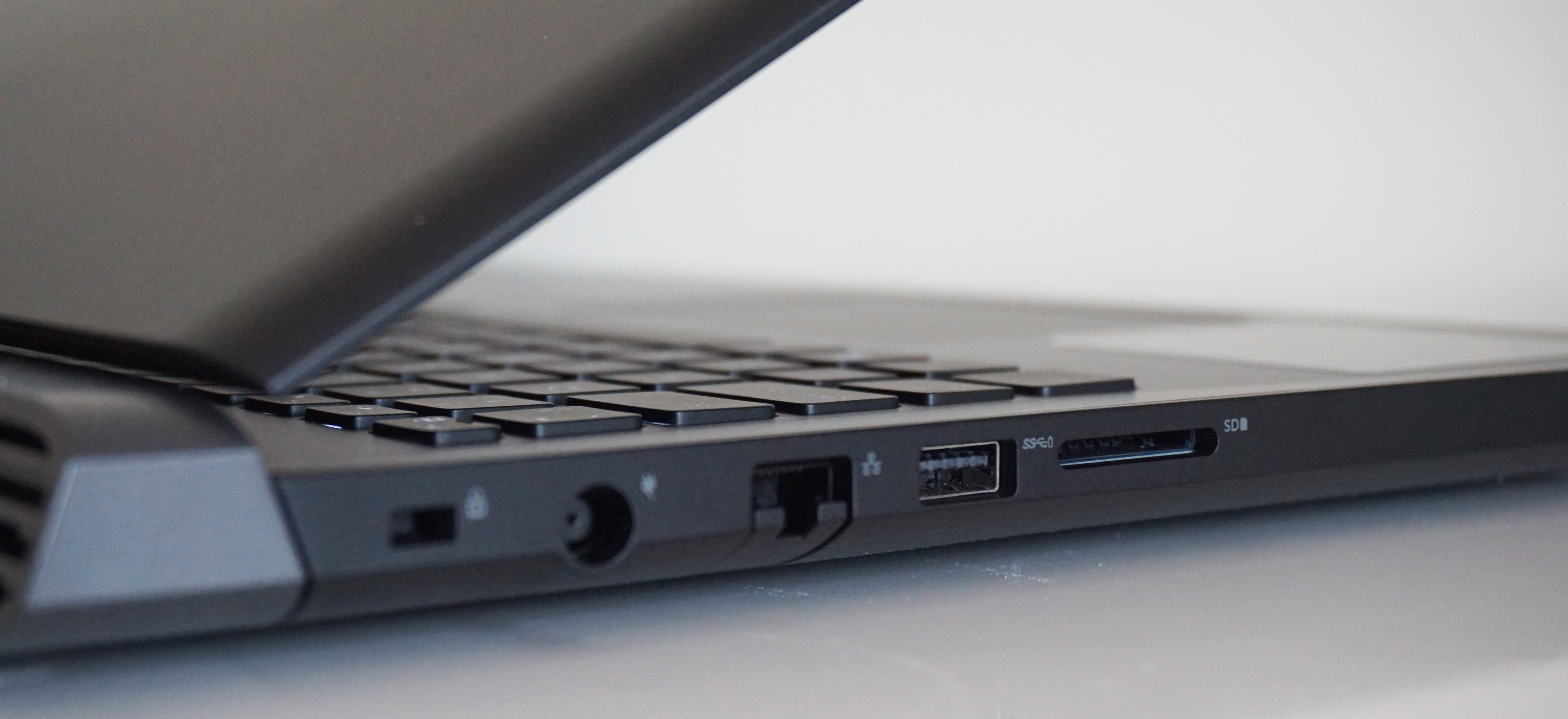 Dell Inspiron G5 15 review | Rock Paper Shotgun