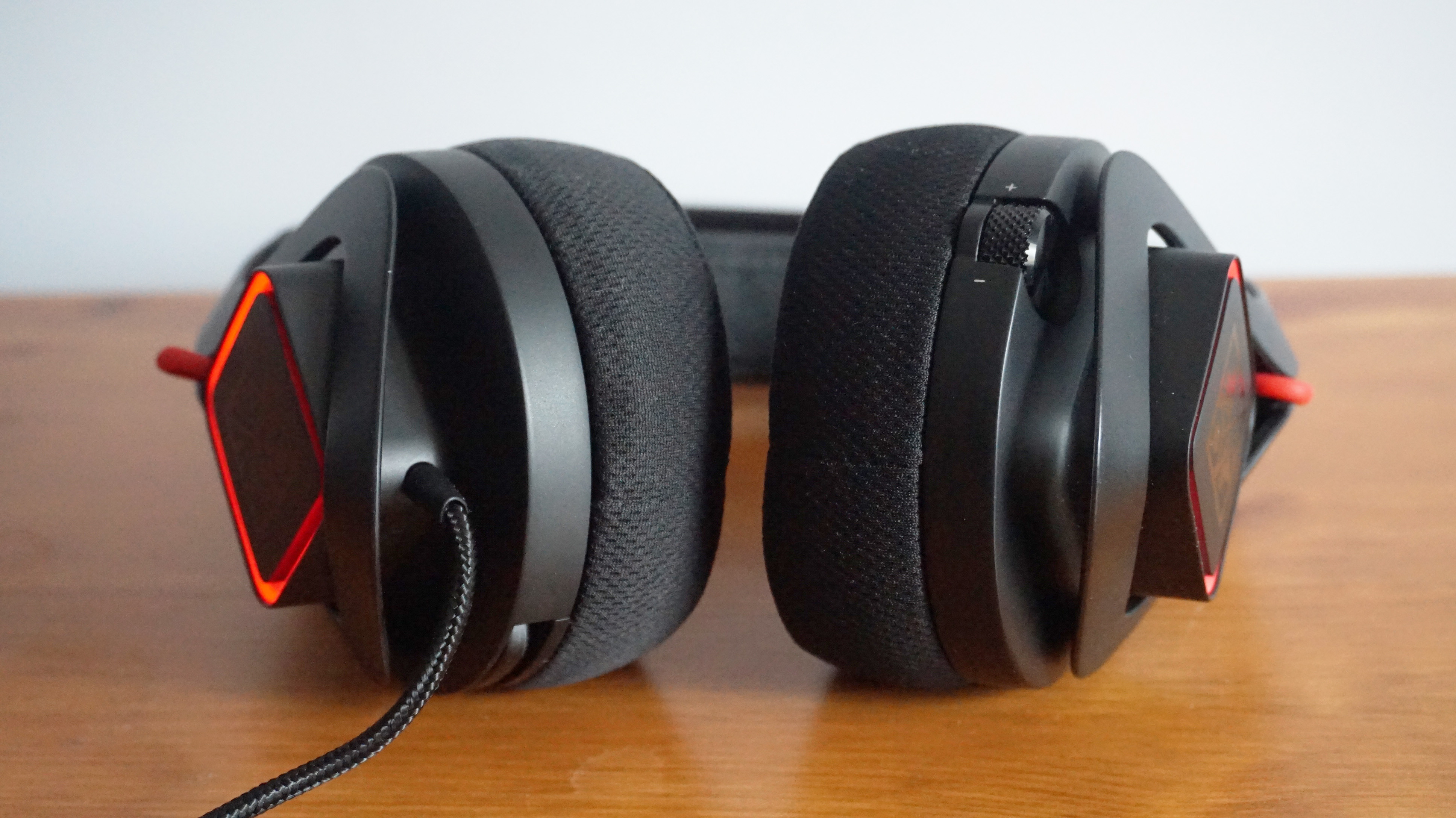 HP Omen Mindframe review: The ear-cooling gaming headset