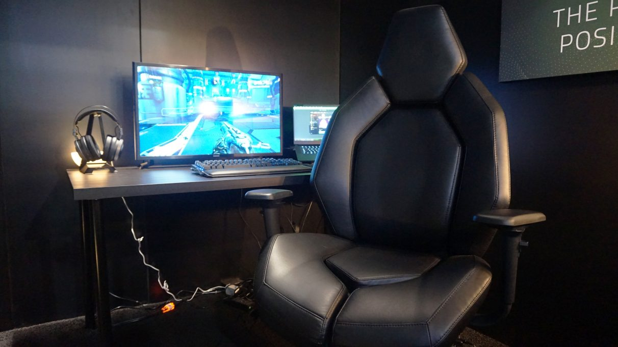 Fine Ces 2019 Doom Seems Like A Brand New Game With Razers Short Links Chair Design For Home Short Linksinfo