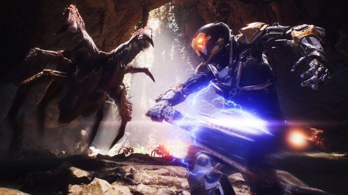 The Ranger Javelin about to smash its shock mace into the alien's face.