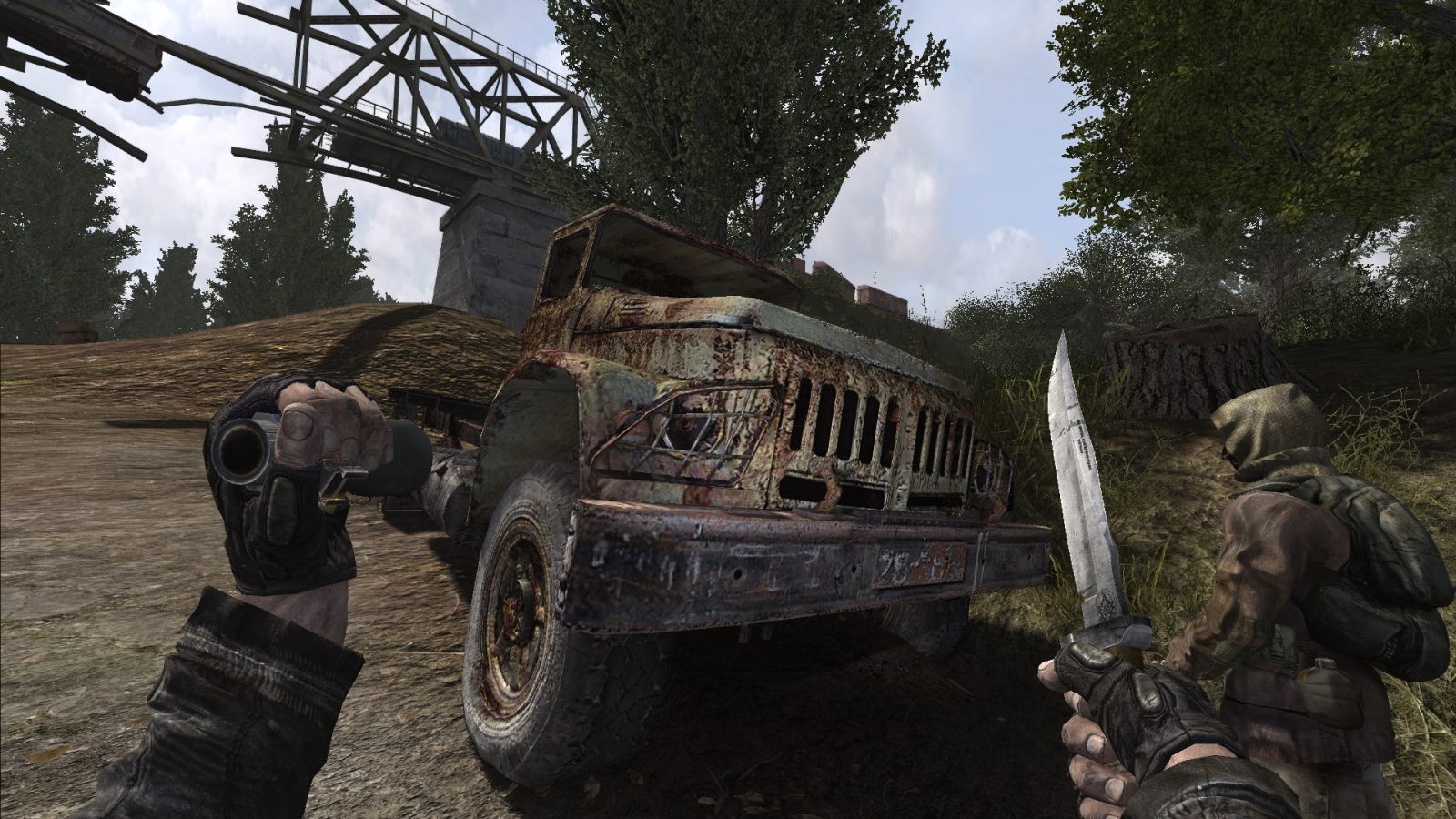 I think it's busted. No drivable vehicles in this mod, sorry.