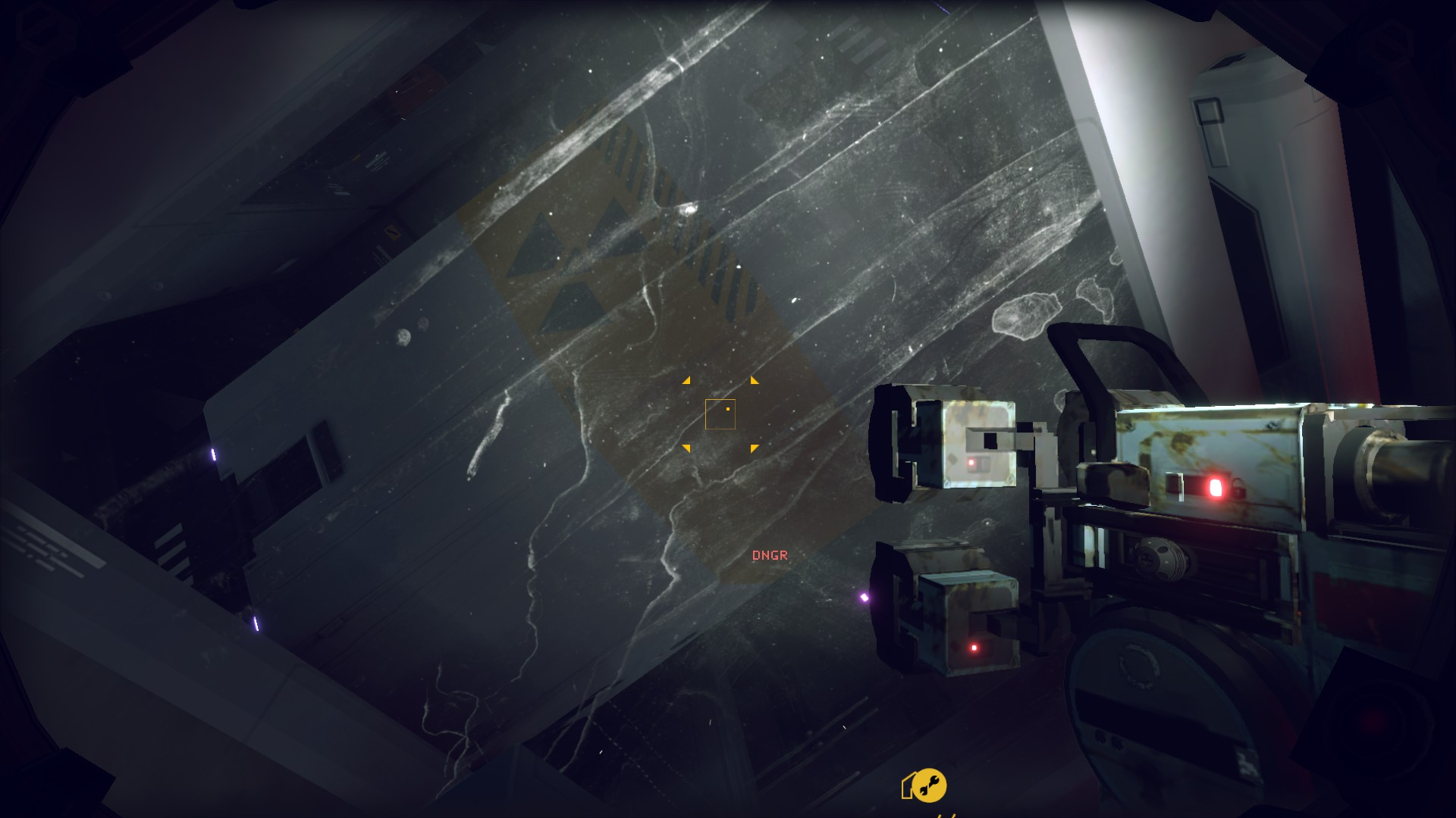 A screenshot of an extremely dirty, smeary window in Hardspace Shipbreaker