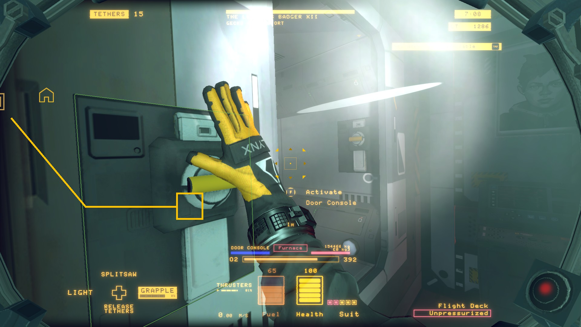 A screenshot of the player about to depressurise a room in Hardspace Shipbreaker