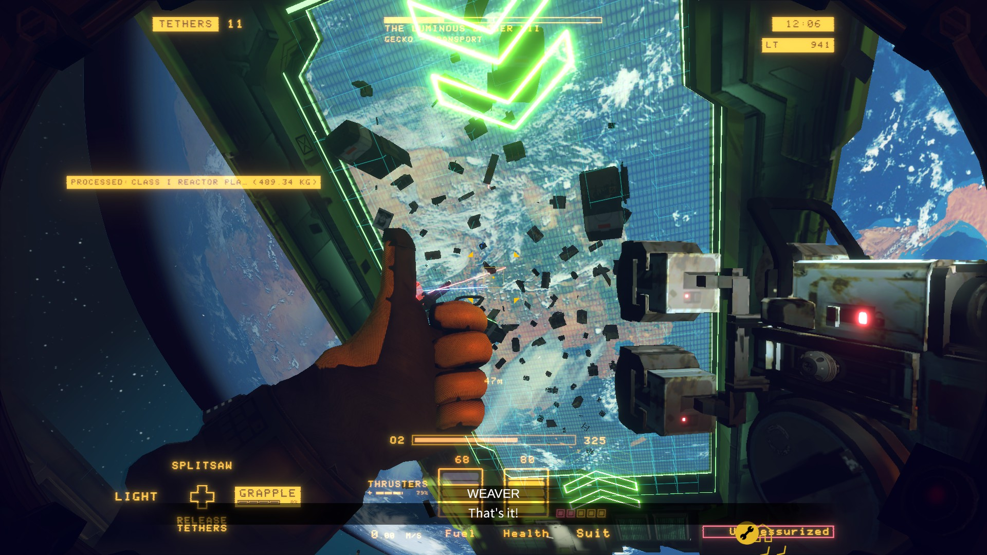 A screenshot of the player sorting salvage in Hardspace Shipbreaker