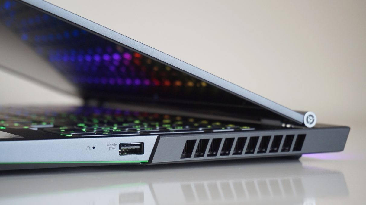 A photo of the right hand side of the Lenovo Legion 7i.
