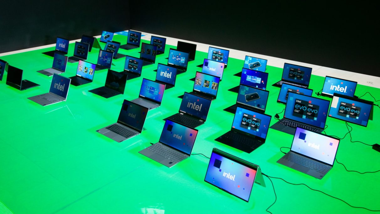 A selection of Intel laptops from their CES 2021 line-up.