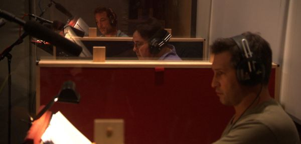 Multiple actors recording Mafia II dialogue together.