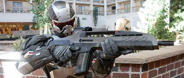 This gentleman has built himself a frighteningly detailed Crysis Nanosuit,