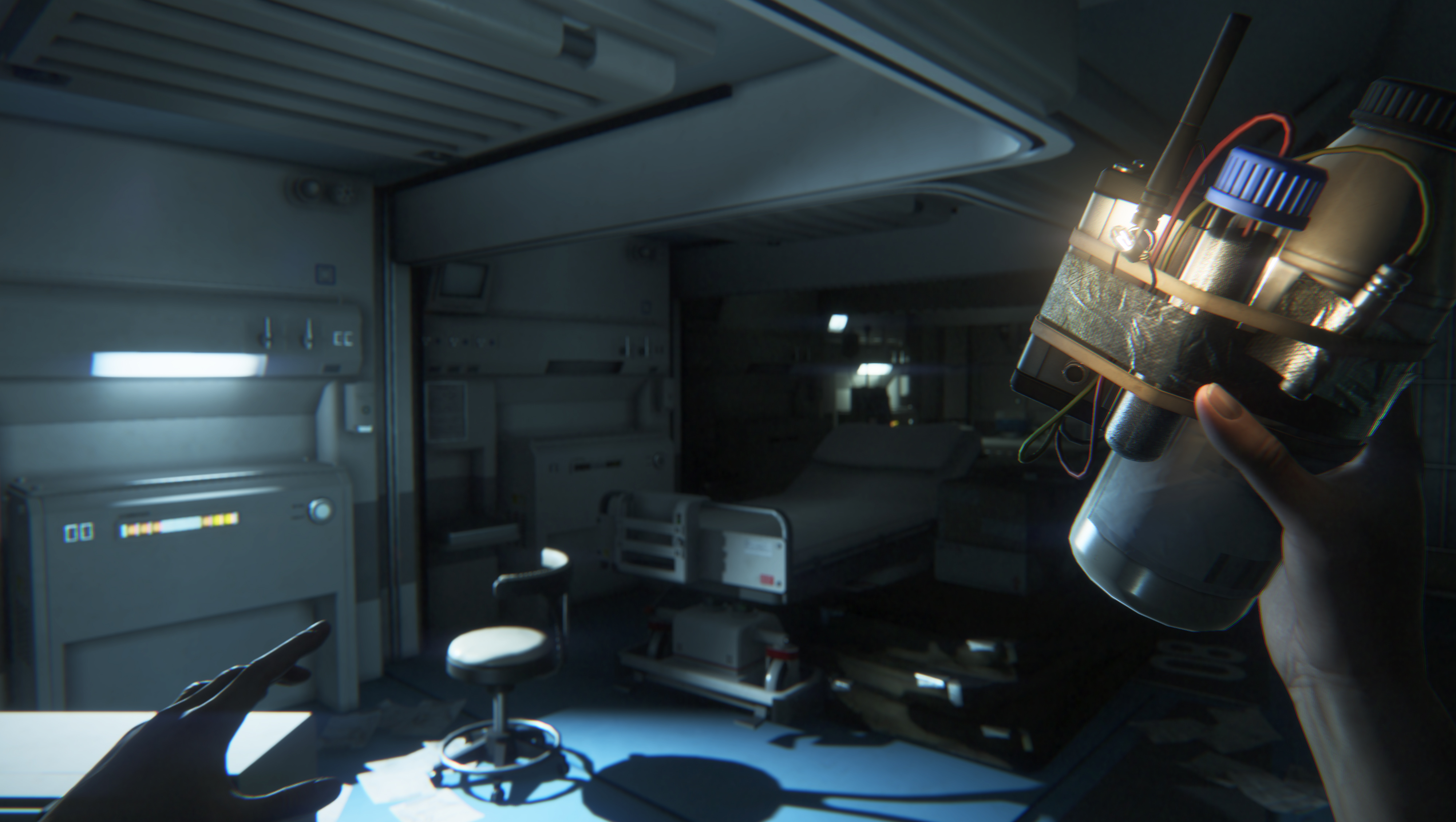 hands on alien isolation rock paper shotgun